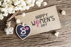 Mùng 8 tháng 3 nên tặng quà gì cho mẹ, vợ, người yêu