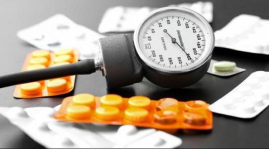 [Giải đáp] Uống thuốc tăng cân bị phù mặt là do đâu?