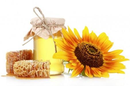 Những tác dụng phụ của sữa ong chúa thường gặp, tuyệt đối đừng chủ quan