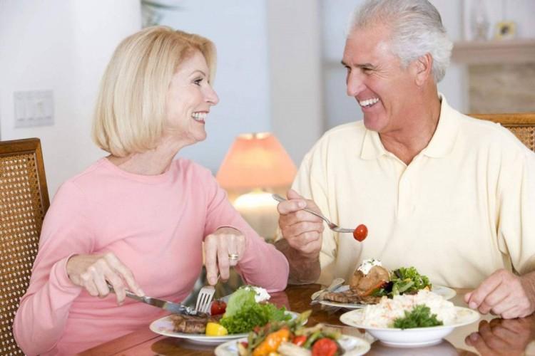 Thực phẩm bổ sung canxi cho người lớn tuổi