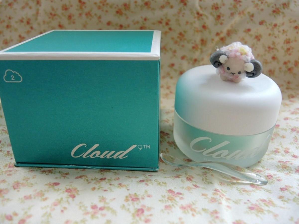 Kem Dưỡng Trắng Da Cloud 9 Whitening Cream