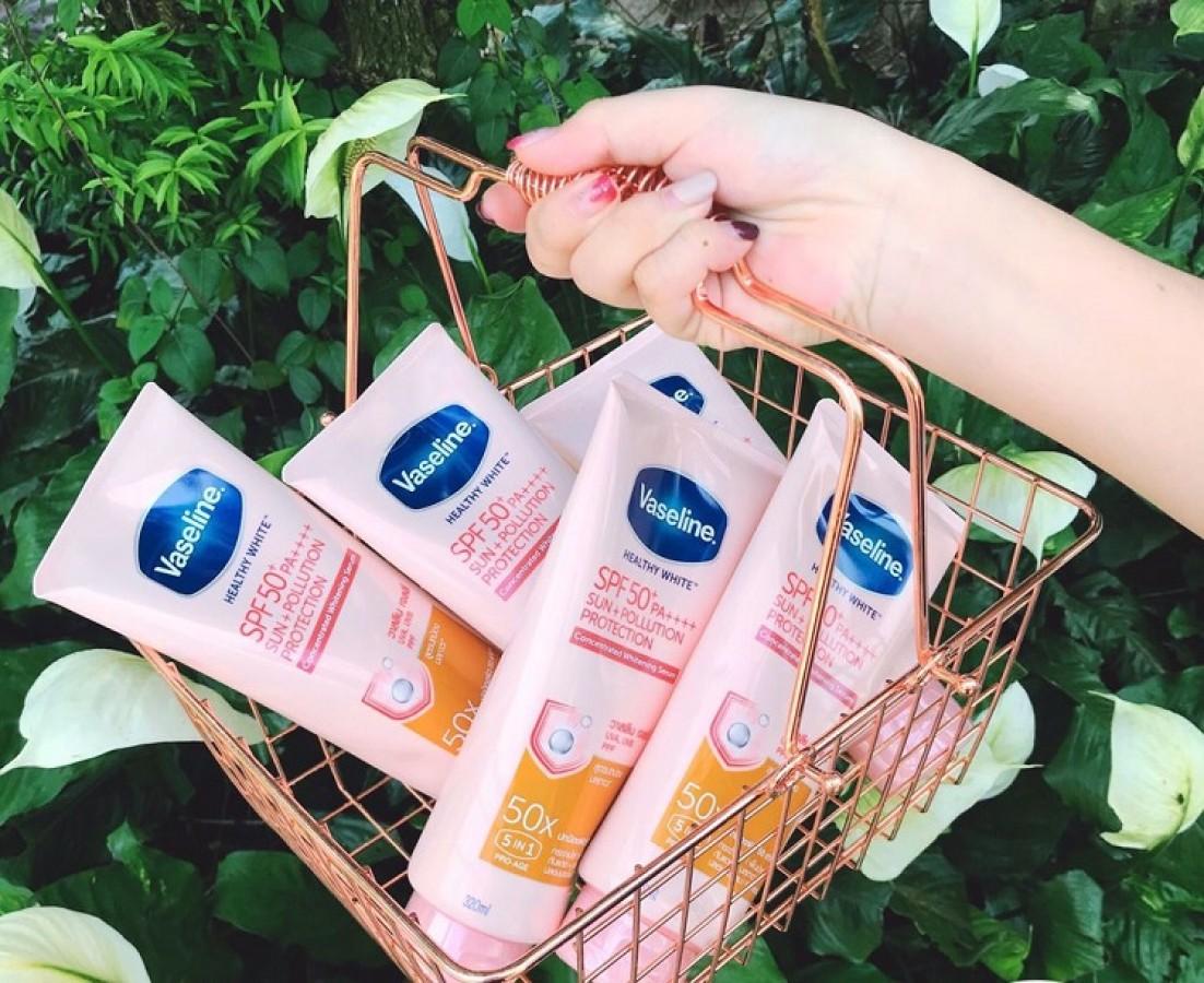 Sữa Dưỡng Thể Trắng Da Vaseline 50x SPF 50 PA++++ Thái Lan